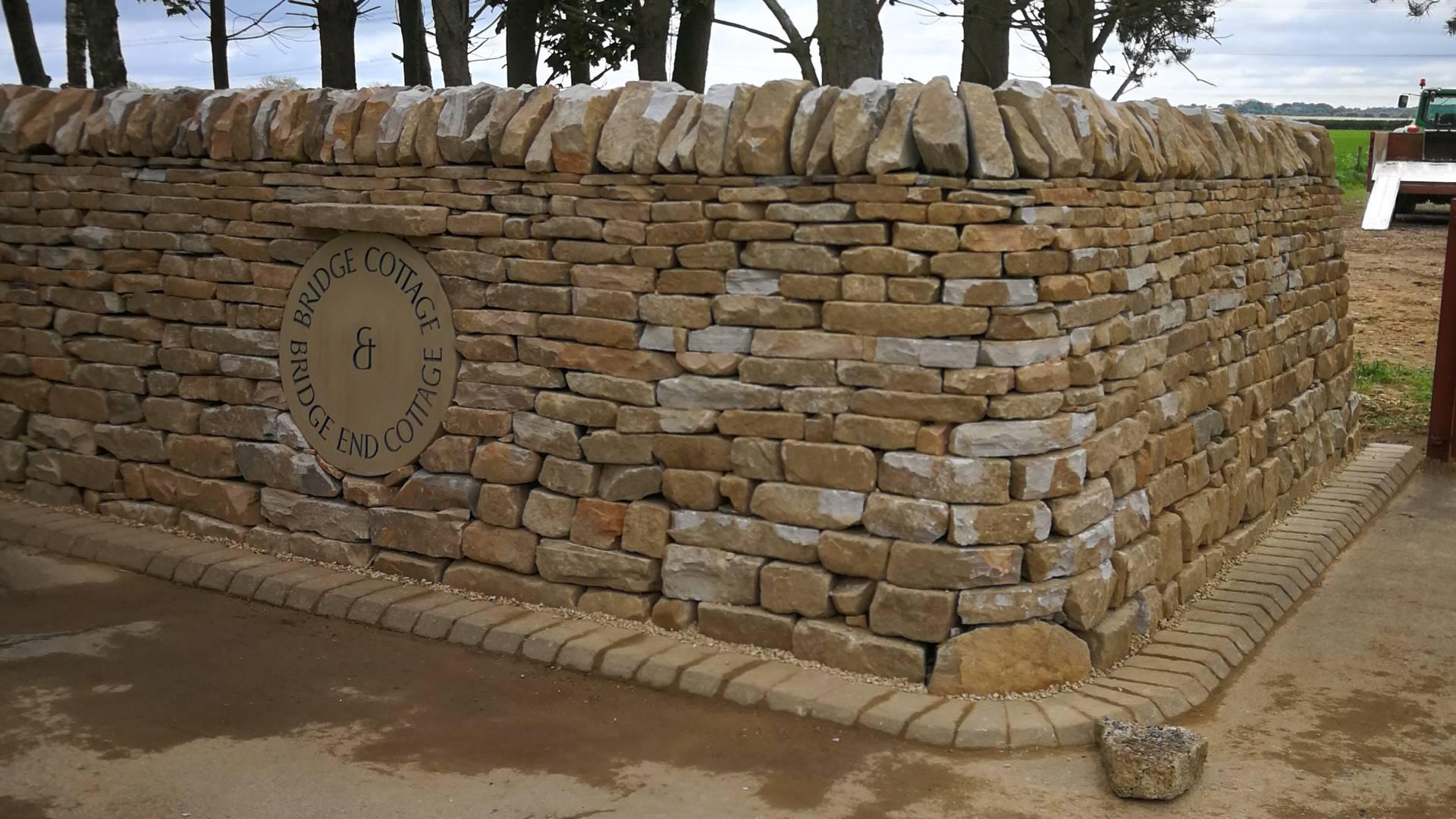 Natural Sandstone - F & R Jackson Ltd